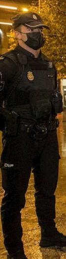 policia mascarilla multas